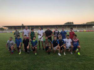 Groupe U15 / U17 lors de l'entraînement